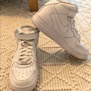 AF1 Nike Air Force 1 Mid